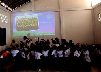 カンボジアでの様子.jpg